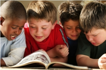 boys_reading1